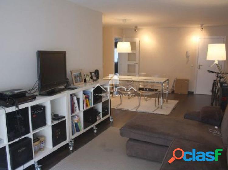 Bonito y amplio apartamento en la zona del pueblo de Javea