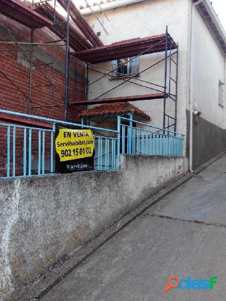 Casa en venta en Jadraque. Guadalajara.