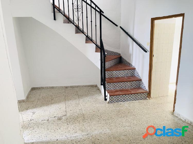 Casa para reformar en Casco Histórico.