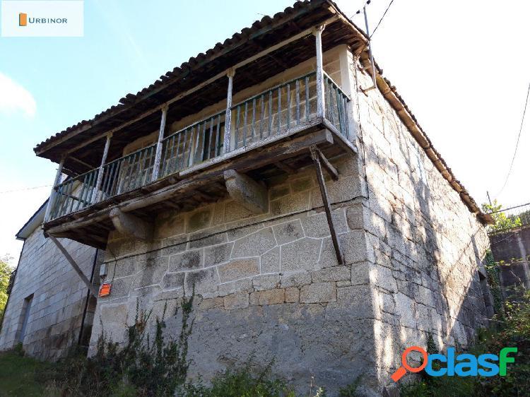 Casa rural de piedra para reformar