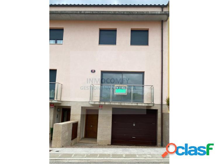 Chalet 3 habitaciones Venta La Bisbal d'Empordà