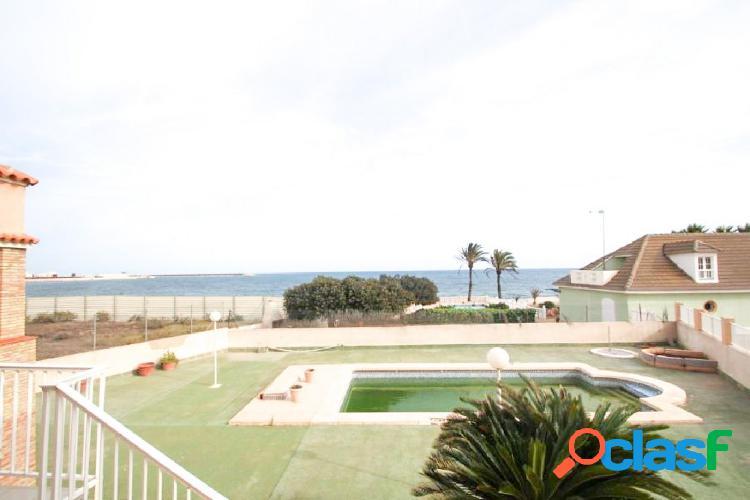 """Chalet independiente con vistas al mar en """"la veleta"""""""