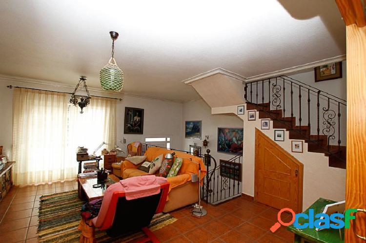 Coqueto y bonito Bungalow de 3 dormitorios en Los Montesinos