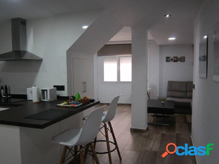 Duplex, a la venta, en Elche, zona Raval
