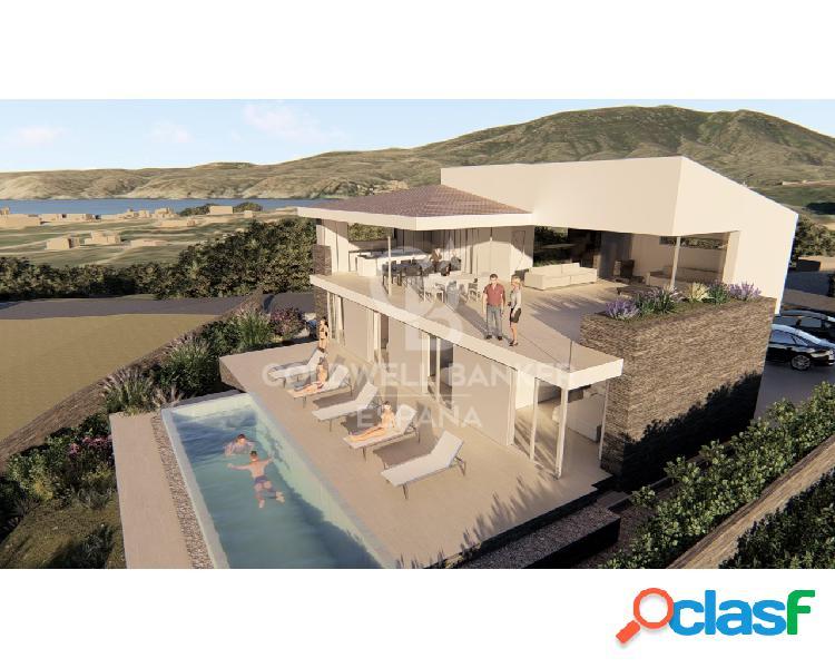 Espectacular Villa de 5 Suites con Vistas al Mar en