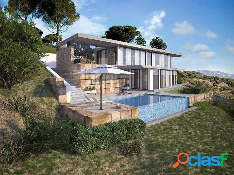 Espectacular casa de diseño con vistas al mar
