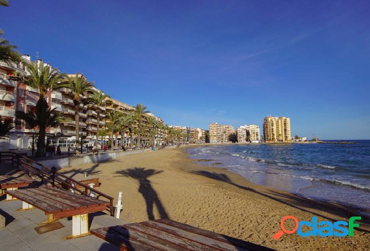 Estupendo apartamento en primera linea de Playa del Cura!