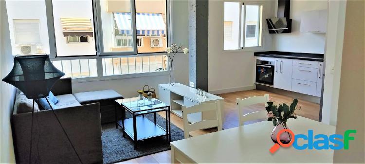 Estupendo piso para entrar a vivir totalmente reformado.