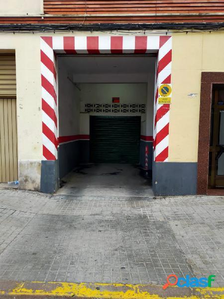 GARAJE AMPLIO EN LA ZONA DE AVD BURJASOT