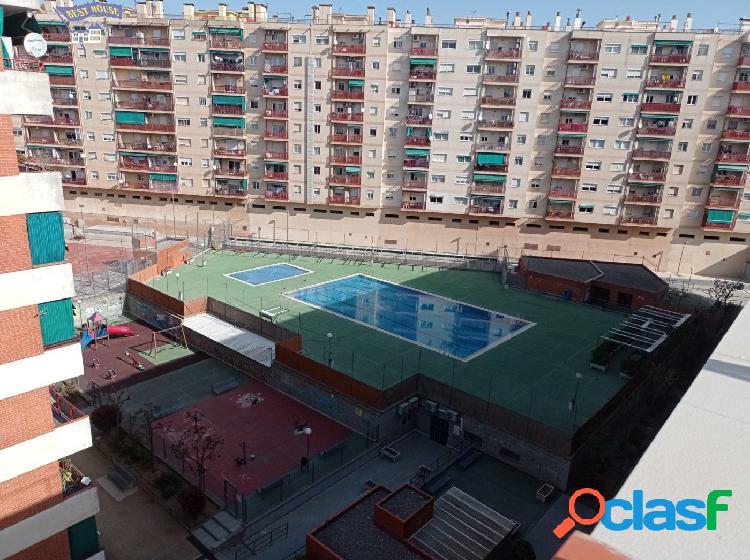 Gran Oportunidad Piso Muy Luminoso con Zona Comunitaria!!!