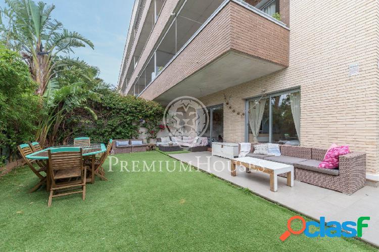 Gran apartamento de 130 m2 con jardín de 190 m2 a la venta