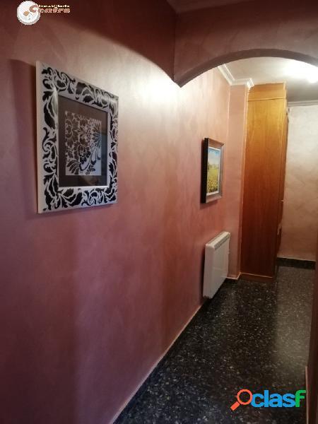 INMOBILIARIA CENTRO VENDE DUPLEX CON GARAJE Y TRASTERO