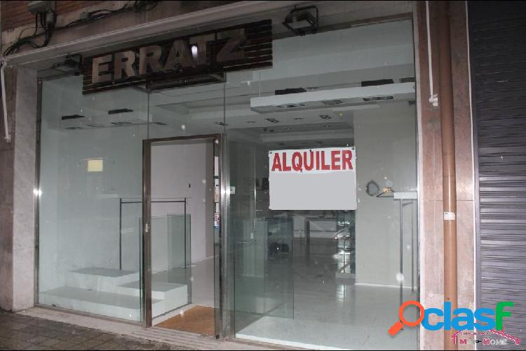 LOCAL COMERCIAL CERCA DE LA PLAZA DE TOROS