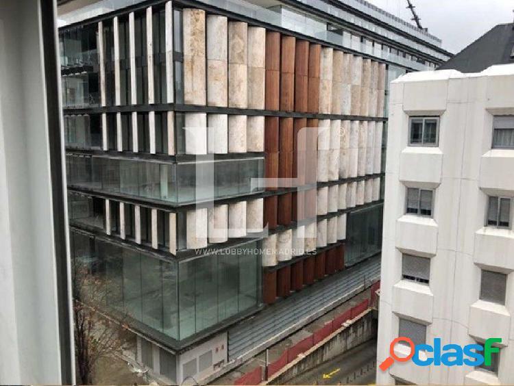 LobbyHome ofrece en venta magnífico piso a reformar en la