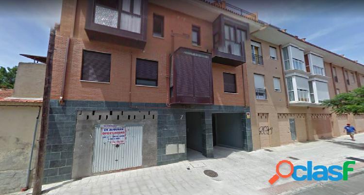 Local comercial en Alovera, Guadalajara