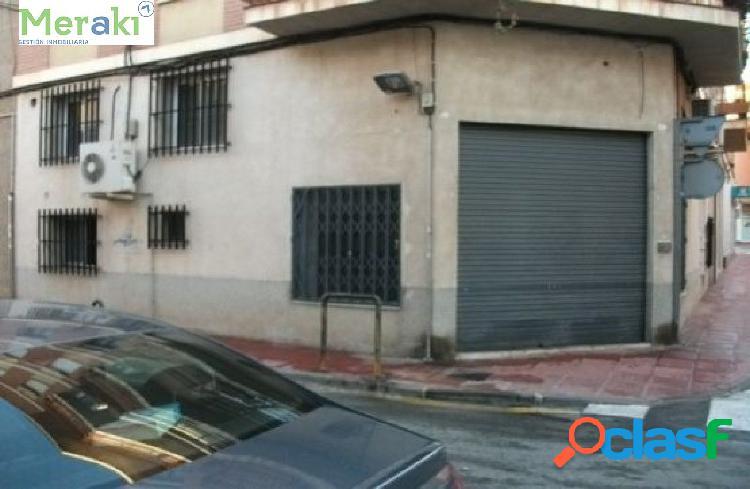 Local comercial en venta en Calle ESCRITOR RUIZ AGUILERA,