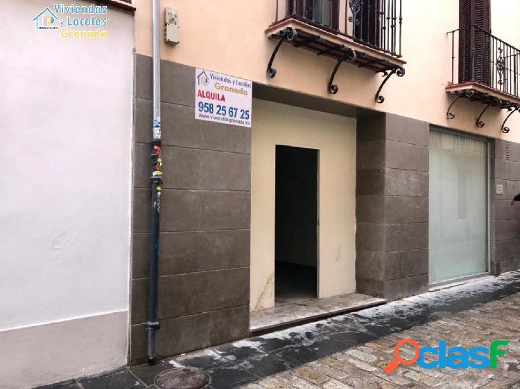 Local en pleno centro de Granada, junto Puentezuelas y a