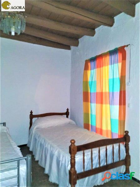 Magnífica casa en Almaden de la Plata. Sevilla.