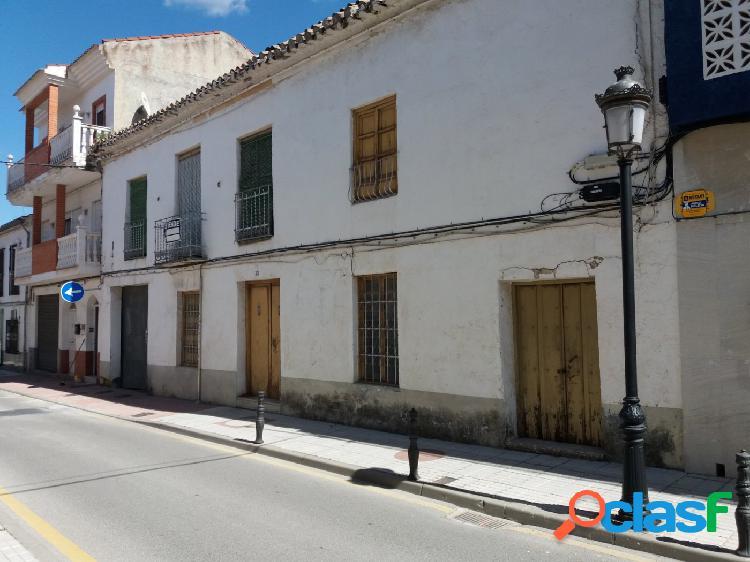 Magnífica casa-solar junto Ayuntamiento de Churriana de la