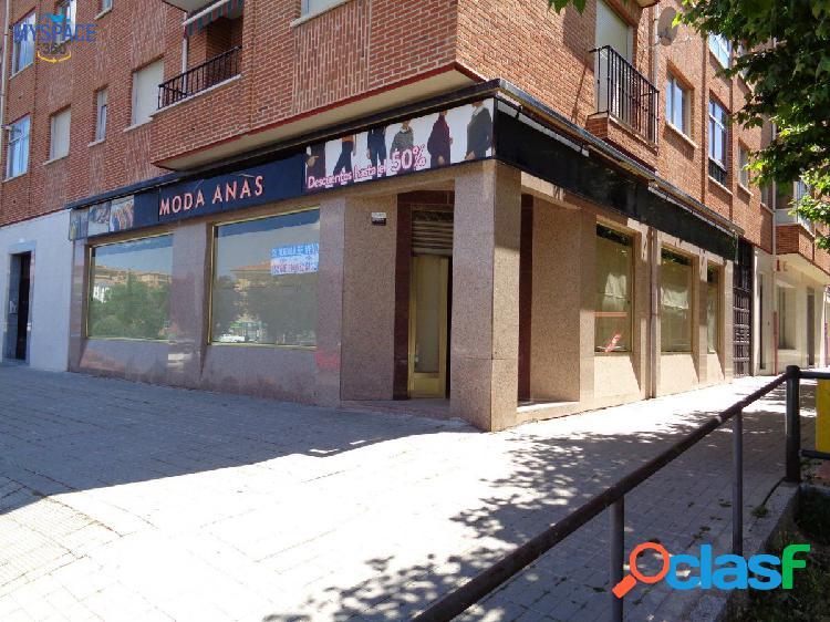 Magnífico Local comercial en inmejorable ubicación, Ávila