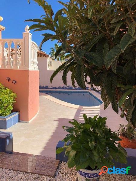 Magnífico chalet independiente con piscina privada!