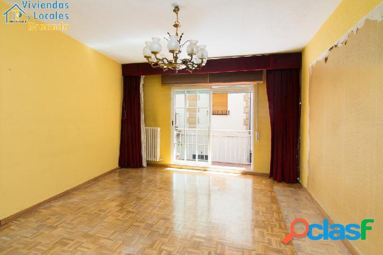 Magnifico piso junto Pza Nueva y Reyes Catolicos de 180 m2
