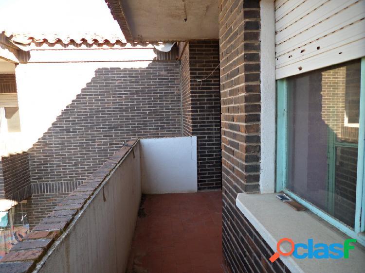 OPORTUNIDAD DE COMPRA EN SOCUELLAMOS En venta piso de 4