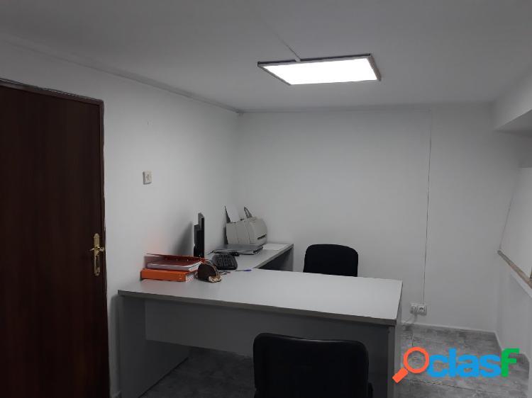 Oficina para profesionales en centro de Salamanca