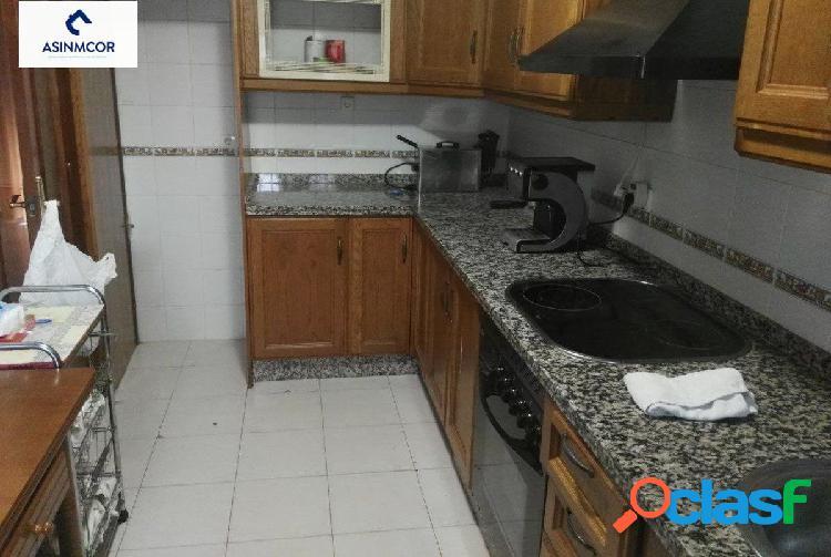 Oportunidad! Casa en la zona del polígono Guadalquivir.