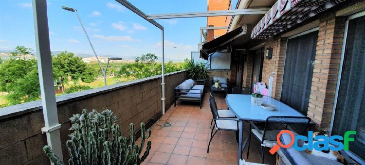 Piso centrico con espectacular terraza!