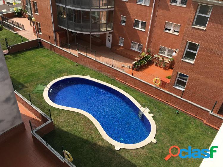 Piso con piscina comunitaria¡¡¡