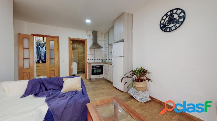 Piso de 1 dormitorio en venta en zona Care Las Lagunas