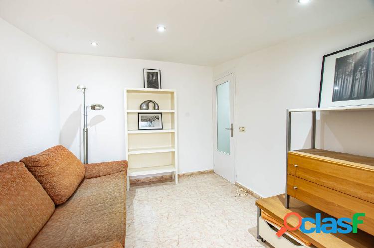Piso de 3 habitaciones en Calle Pons d'Icart