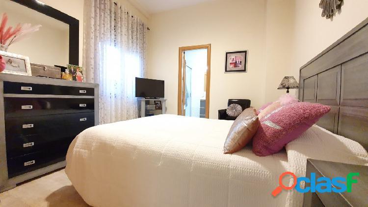 Piso de dos dormitorios y trastero en la Ribera, ¡para