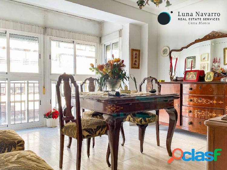 Piso de tres dormitorios en el centro de Orihuela