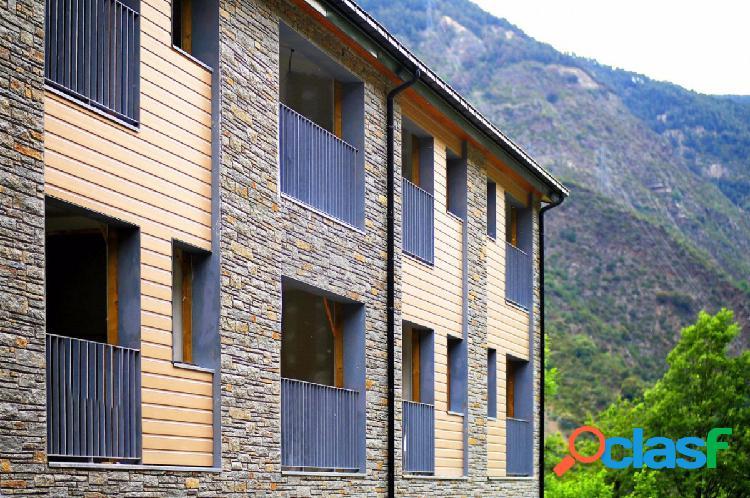 Piso en Escaldes Engordany, 3 habitacions, 2 baño, parking
