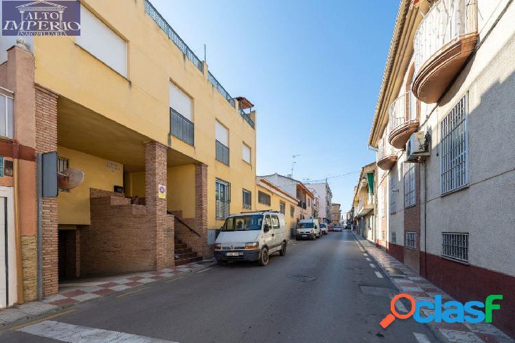 ¡¡Plaza de garaje y trastero en pleno centro de Armilla!!
