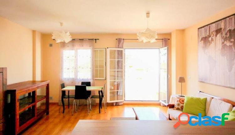 Precioso apartamento con gran terraza, situado en buena zona