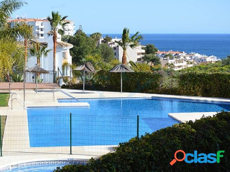 Precioso apartamento con vistas al mar en Riviera del Sol,