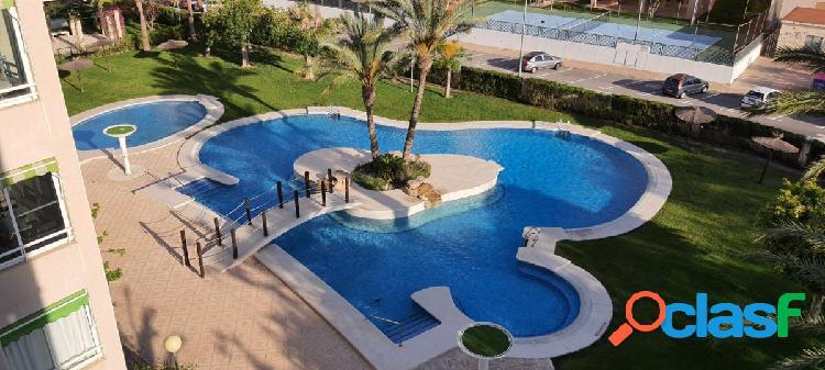 ¡Precioso piso! de 3 Dormitorios en la mejor zona del Golf