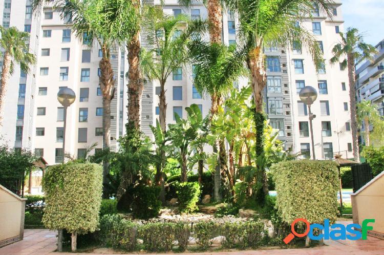 Precioso piso playa San Juan en urbanización alto standing