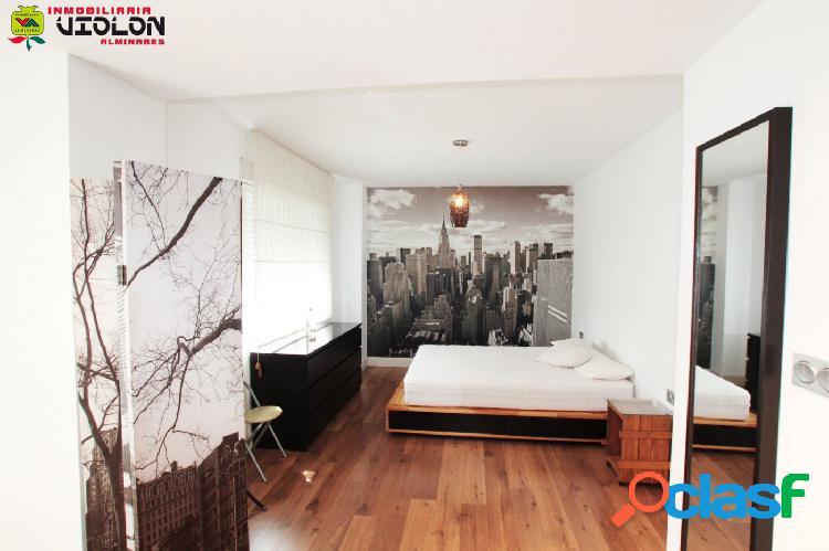 Precioso piso totalmente reformado y amueblado, muy buena
