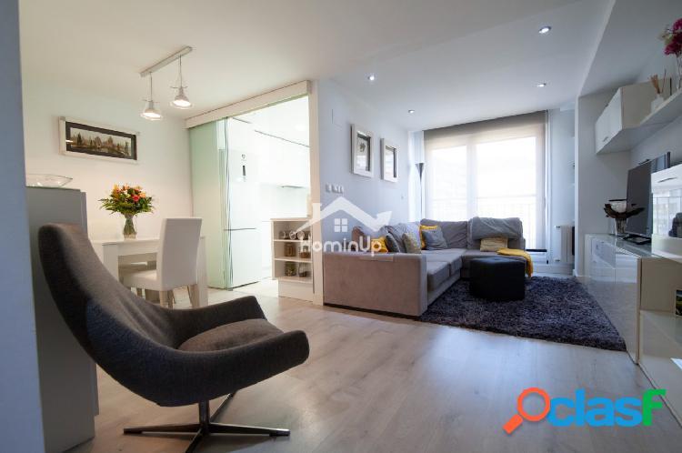 Se Vende en EXCLUSIVA duplex 3 dormitorios, terraza, garaje