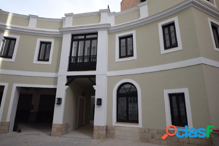 Se alquila magnífico piso de obra nueva en la calle Almagro