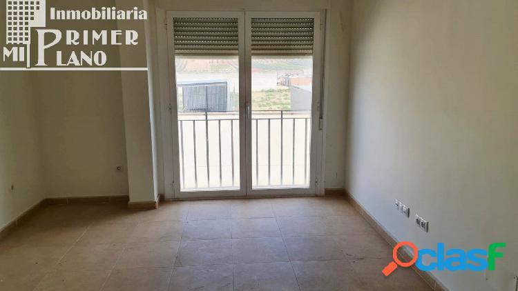 Se alquila piso de 2 habitaciones en Herencia