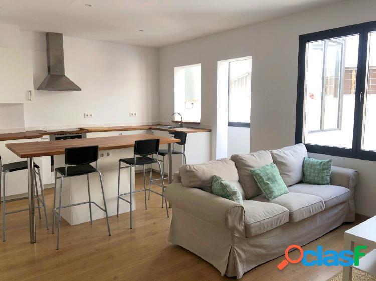 Se alquila precioso piso en el centro de Palma