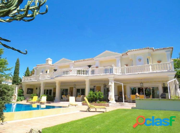 Se pone a la venta esta majestuosa mansión, donde el lujo y