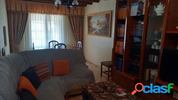 Se vende Casa en El cabaco para entrar a vivir.