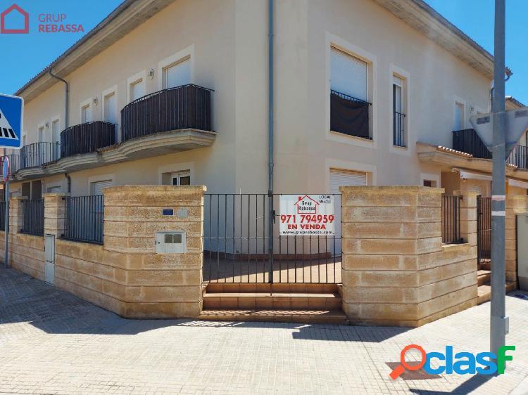 Se vende LOCAL COMERCIAL en el Pla de na Tesa. 86 m2 + 52 m2