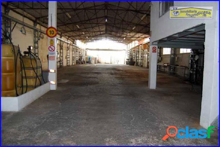 Se vende Nave industrial en Santomera de 1.000m2